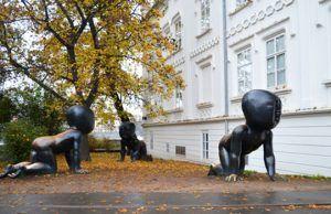 Escultura Bebes Praga