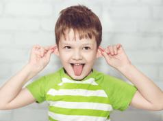 La detección de problemas auditivos a tiempo es clave para un buen desempeño escolar